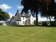 Trochelhill Country House
