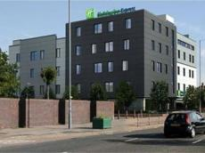 Holiday Inn Express Birmingham - South A45