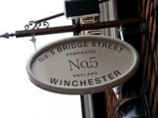 No5 Bridge Street