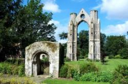 Walsingham Abbey Grounds