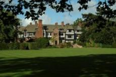 Inglewood Manor Country House Hotel
