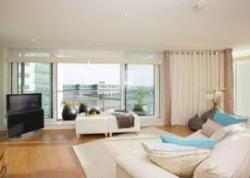 London Docklands Apartments, Canary Wharf, London