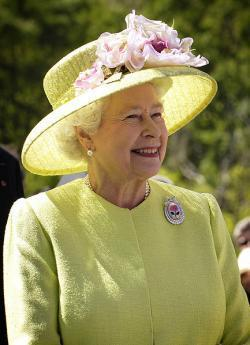 Queen Becomes Oldest British Monarch